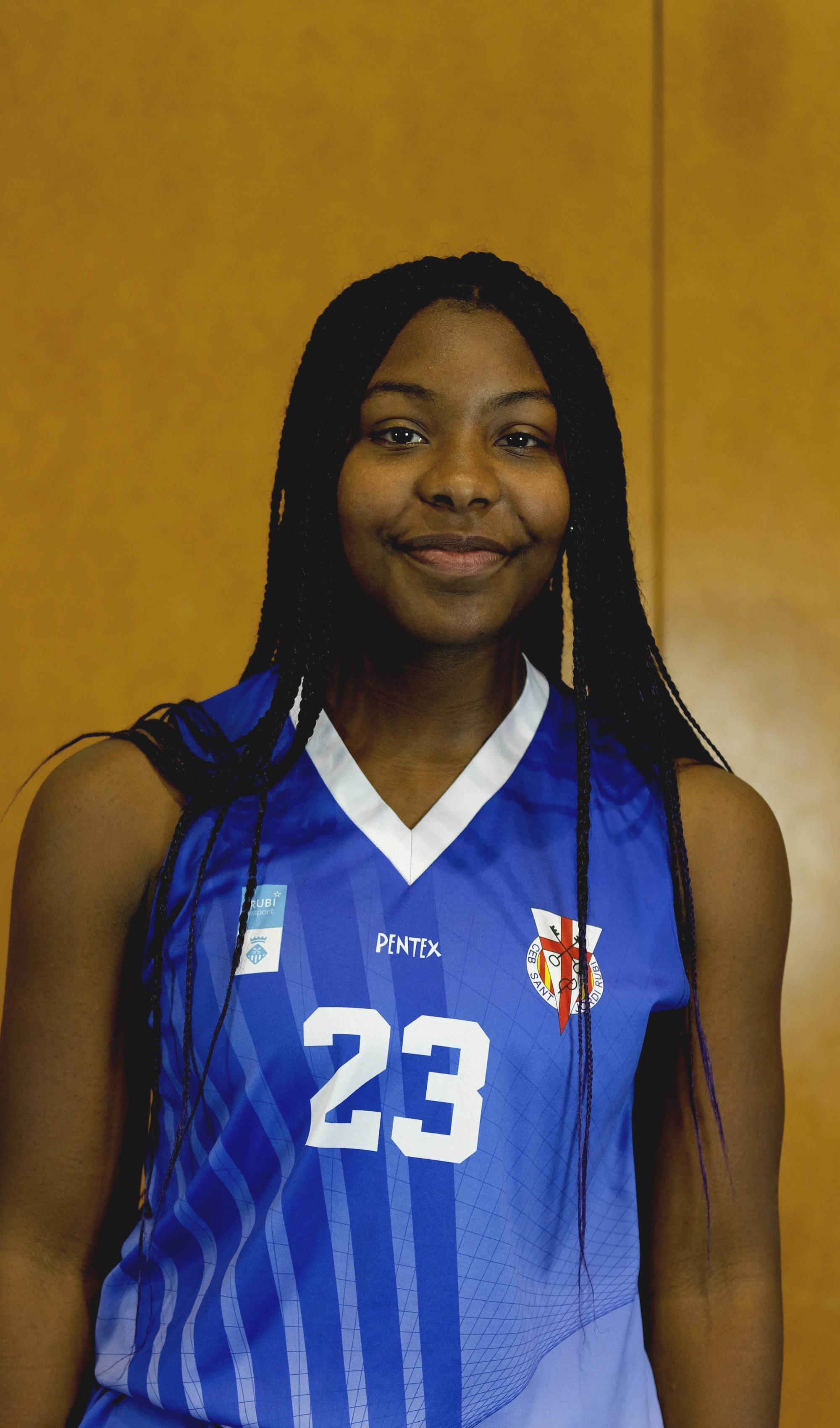 Naomi Nicole